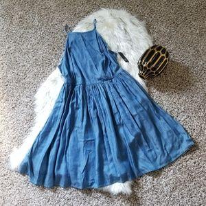 Crown & Ivy Chic Denim Dress Size Medium